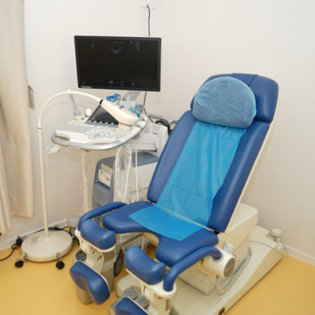 妇科检查床 Gynaecological Examination Table